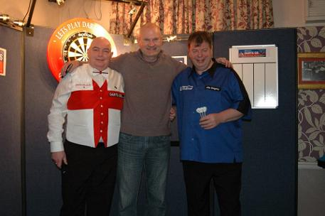 Colin M Jarman with Mike Gregory and MC John Fowler at Enfield Darts Exhibition