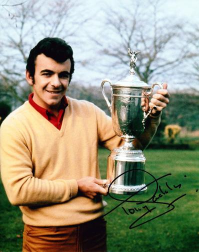 TONY JACKLIN signed photo with US Open trophy.